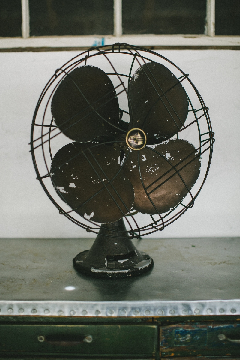 1940'S EMERSON ELECTRIC FAN