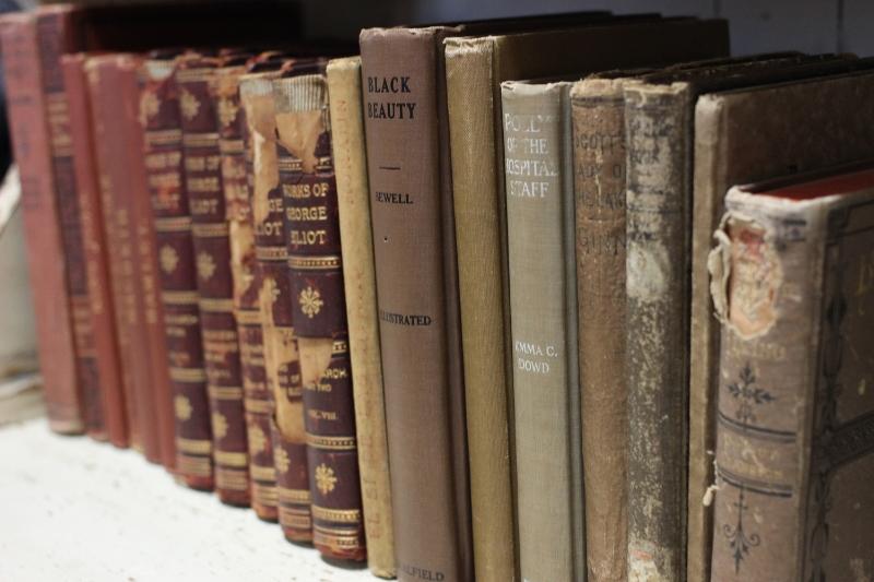 Vintage Books for Wedding Decor