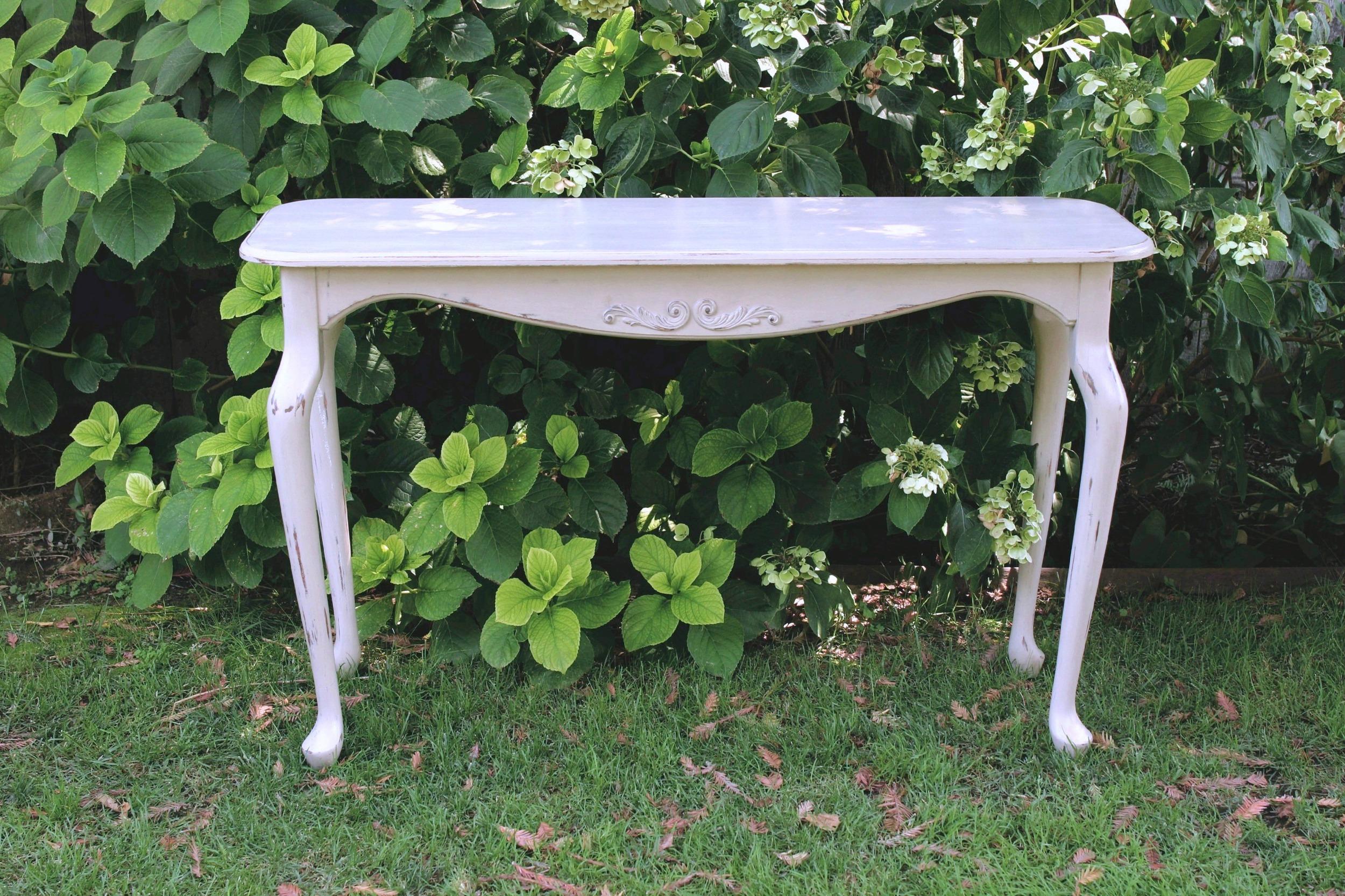 Light Grey Sofa Table - $40    MORE DETAILS & PICS...