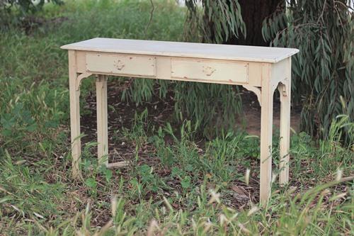 Shabby Chic Sofa Table - $40    MORE DETAILS & PICS...
