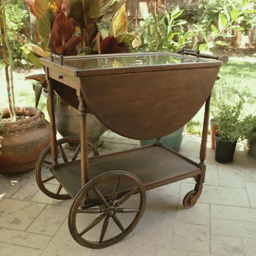 Rolling Tea Cart - $40    MORE DETAILS & PICS...
