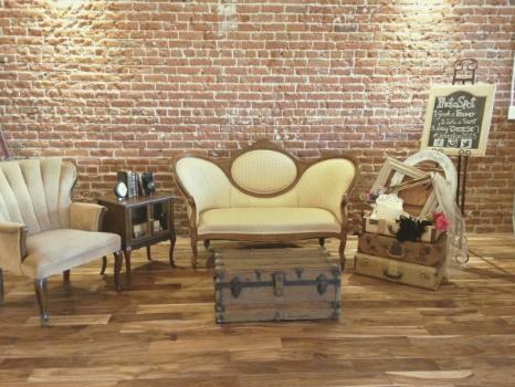 The Century Wedding - Vintage Lounge Area
