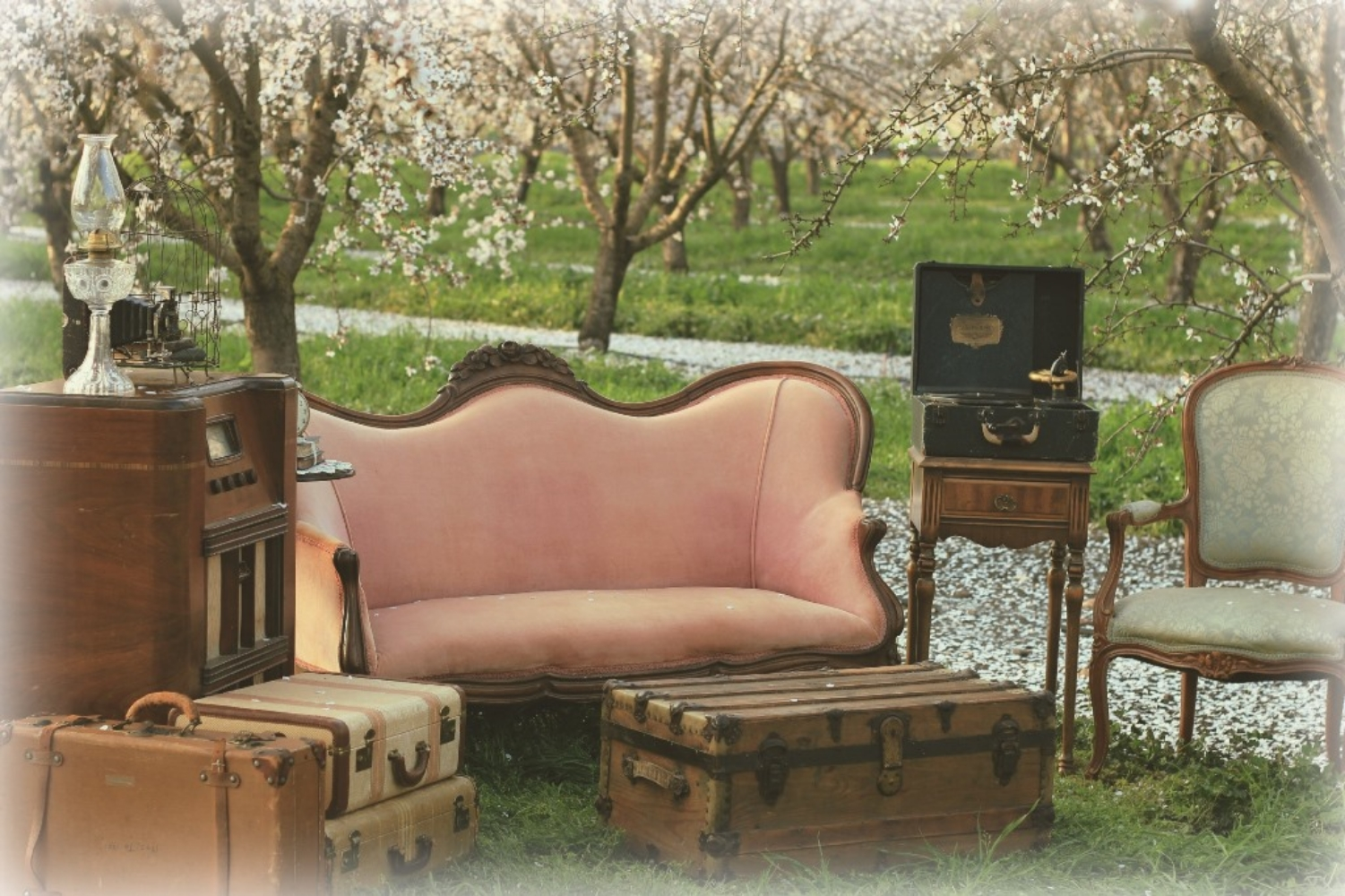 almond orchard vintage lounge - vintage furniture rentals