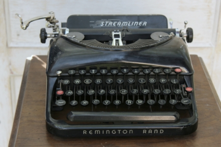 "1930's REMINGTON ""STREAMLINER"" - $20  MORE DETAILS & PICS..."