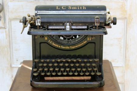 1935 - LC SMITH CORONA - $25 EACH    MORE DETAILS & PICS...