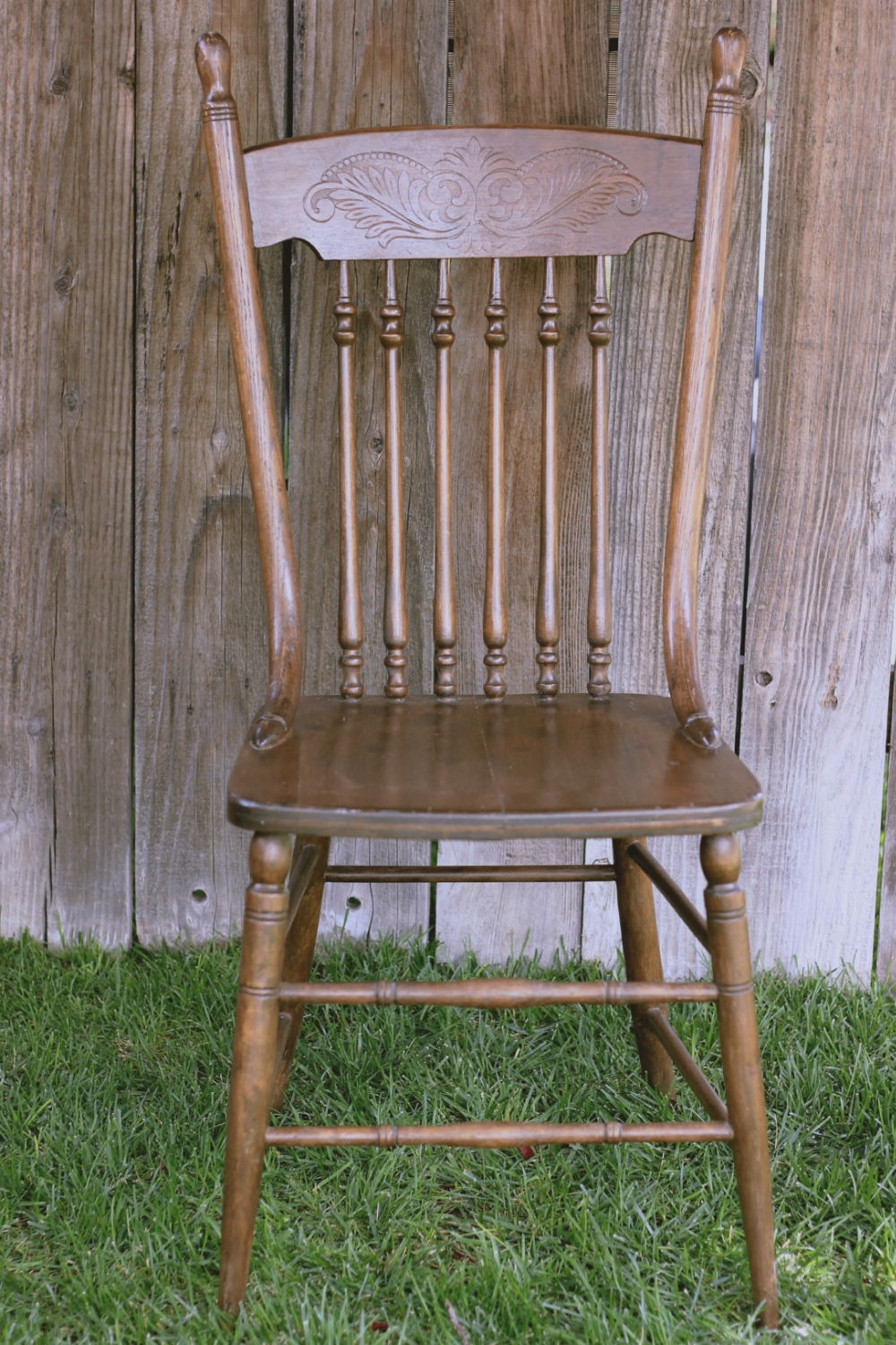 Farm-Style Spindle Chair-1_Final.jpg