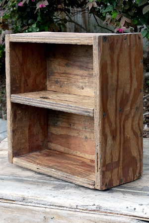 """WOOD CRATE 13 x 13.5"""" W/DIVIDER & HANDLE - $5"""