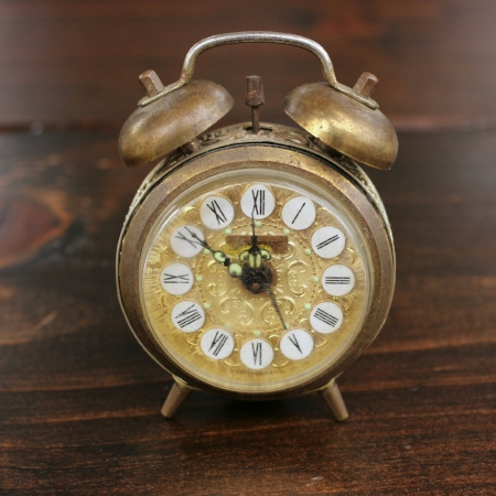 "Small ""Jerger"" Alarm Clock - $3    MORE DETAILS & PICS..."