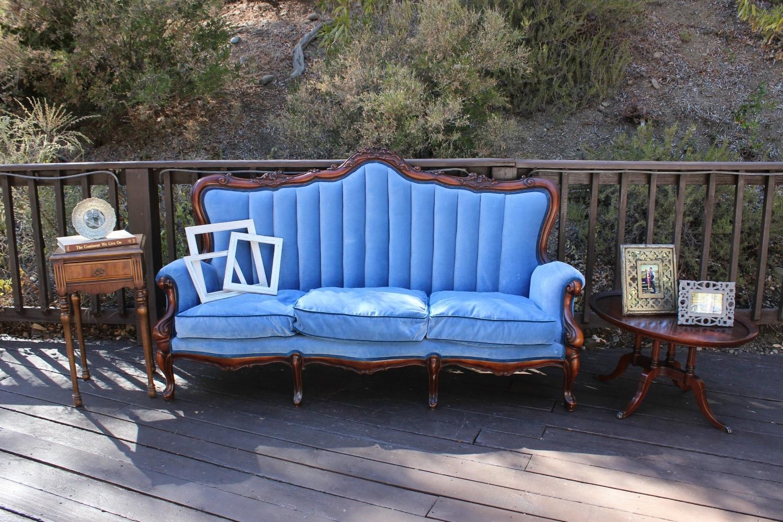 Elliston Vineyards Wedding - Vintage Guest Lounge