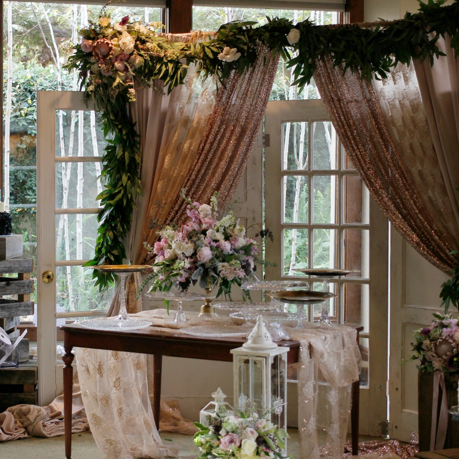 Vintage Wedding Door Altar Backdrop Dessert Table