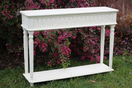 White Console Table - $40    MORE DETAILS & PICS...