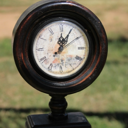 "Large ""Old World"" Pedestal Clock - $15    MORE DETAILS & PICS..."