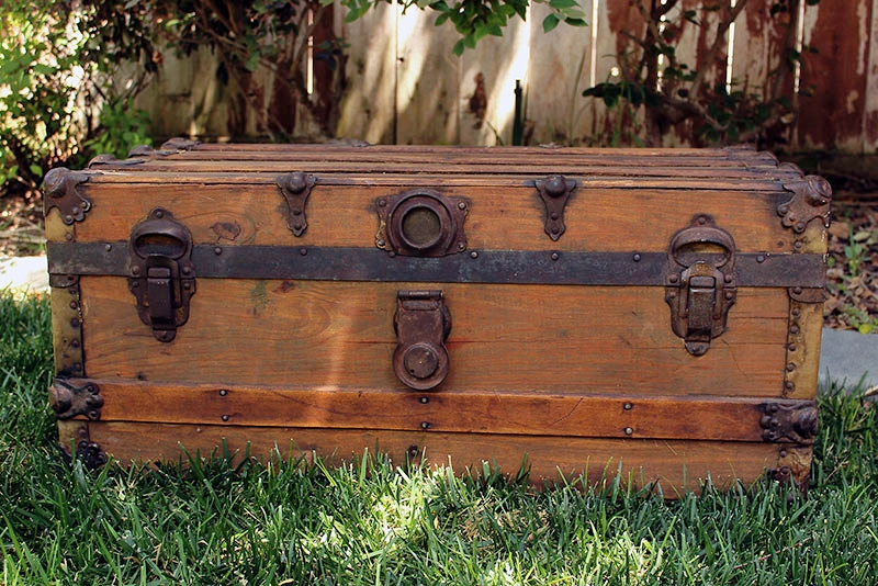 Steamer-Trunk-3-800x534.jpg