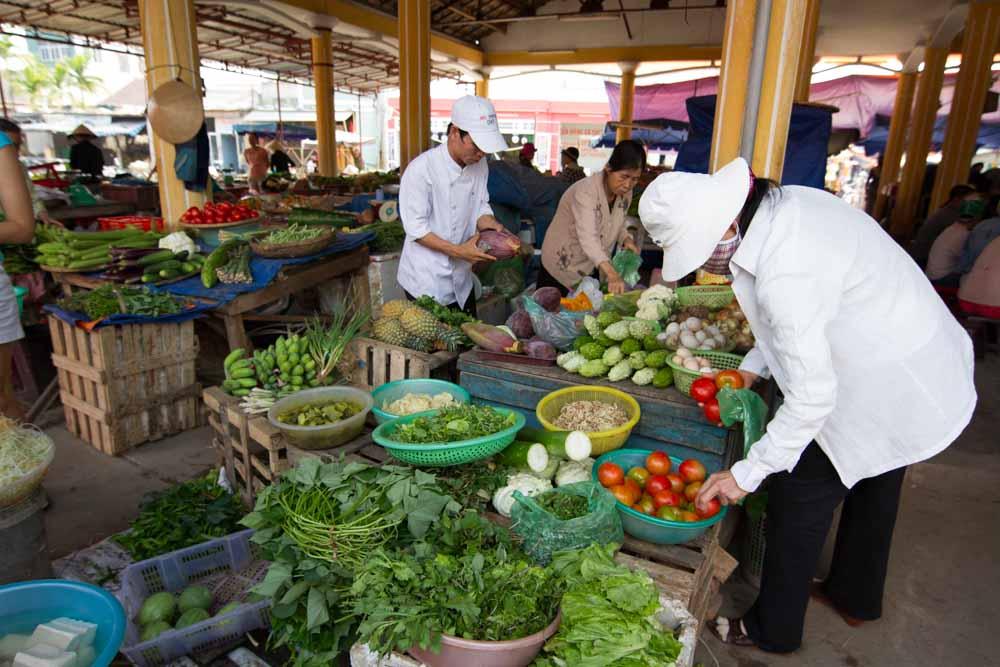 Hoi An market.jpg