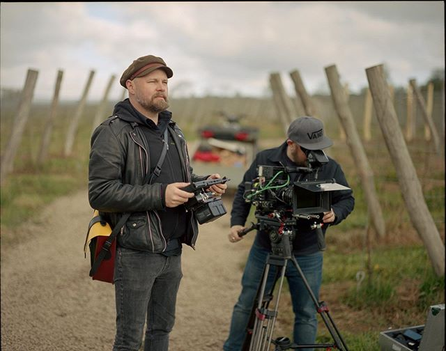 Director Andreas Wennberg and DOP Andreas Söderberg.  #filmproduktion #filmmaking #sony #filmproduction #filmproducer #director #analogfilm #portra400 #kodakportra400 #pentax67 #pentax67ii #analog #behindthescenes #setlife