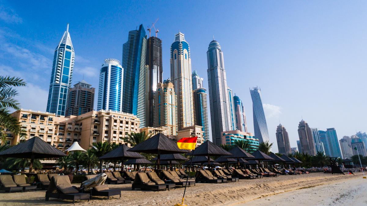 LeightonD_Dubai20130001-3.jpg