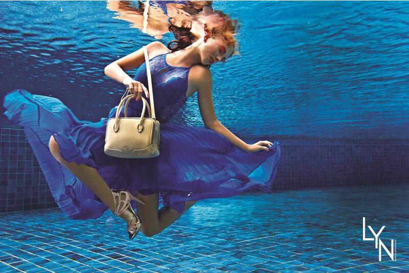 Professional-underwater-model-Kat-for-LYN.jpg