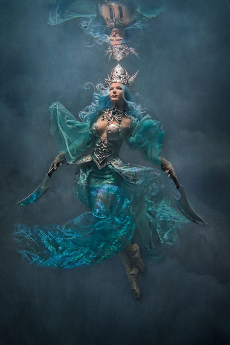 underwater-fine-art-photography-cosplay-pictures-14-800x1200.jpg