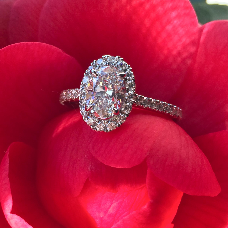 Oval diamond & platinum ring