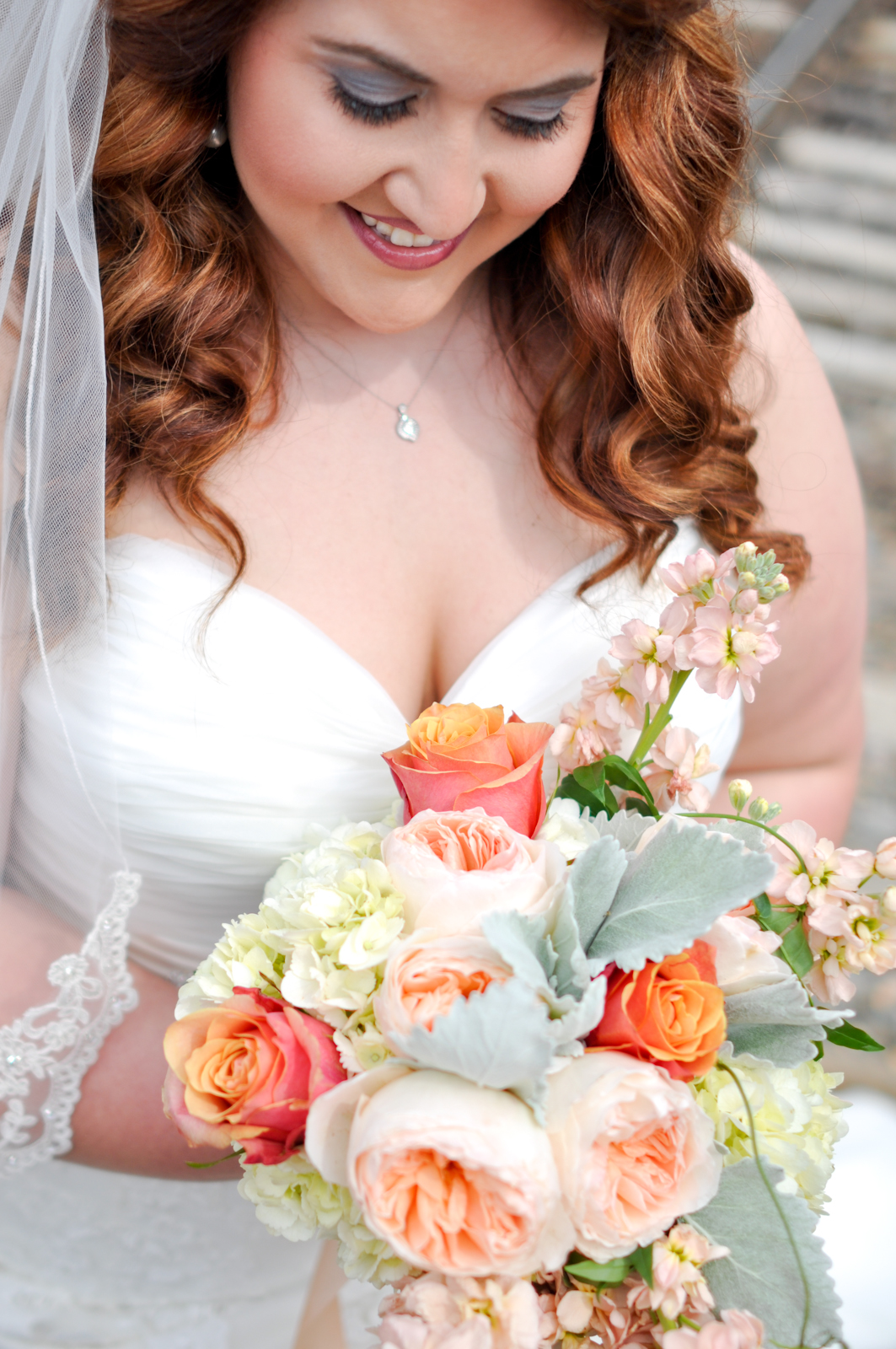 Stunning flowers by Frilly Bloomers.