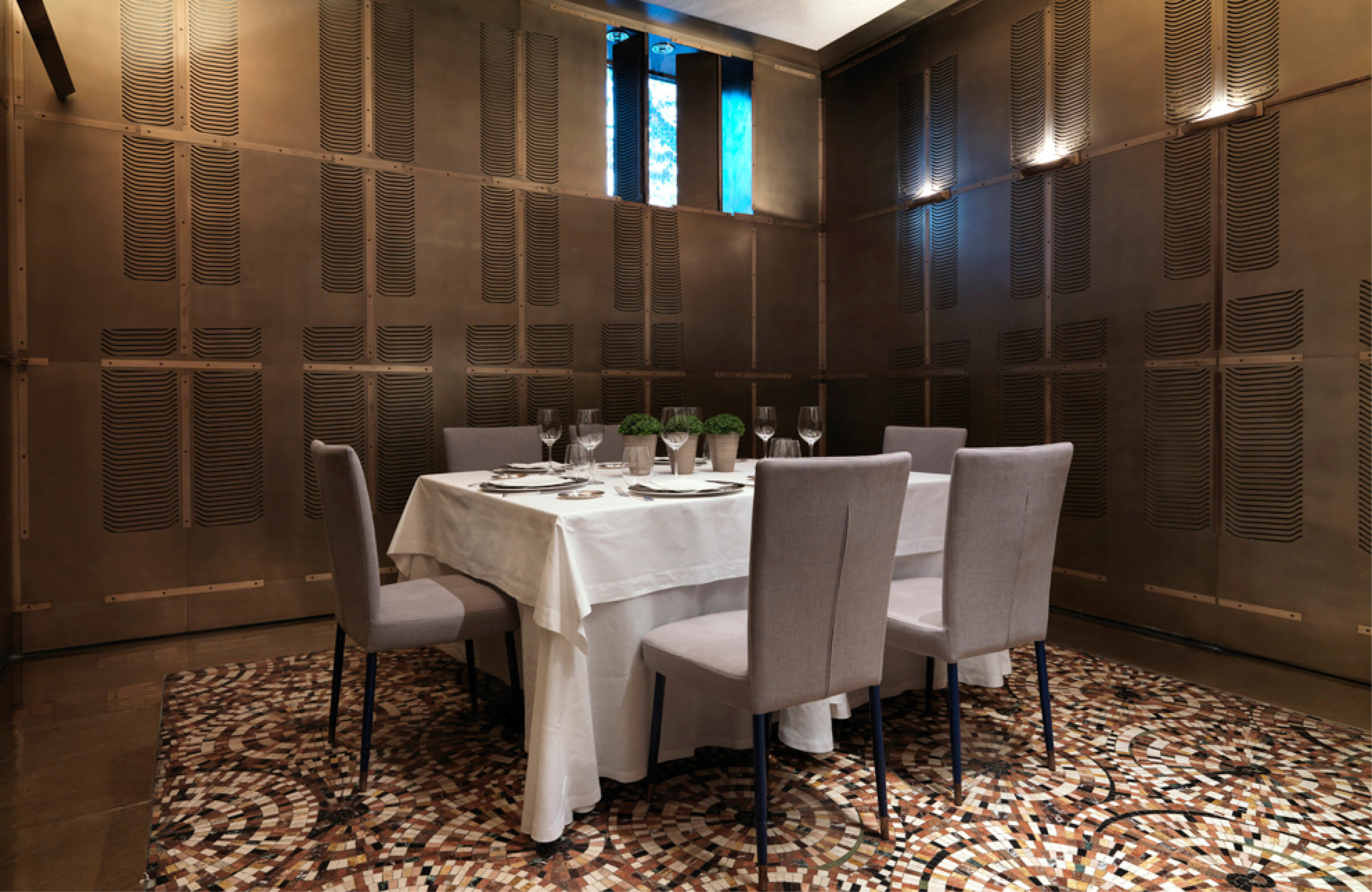 Merces-one-restaurante-una-sola-mesa-2