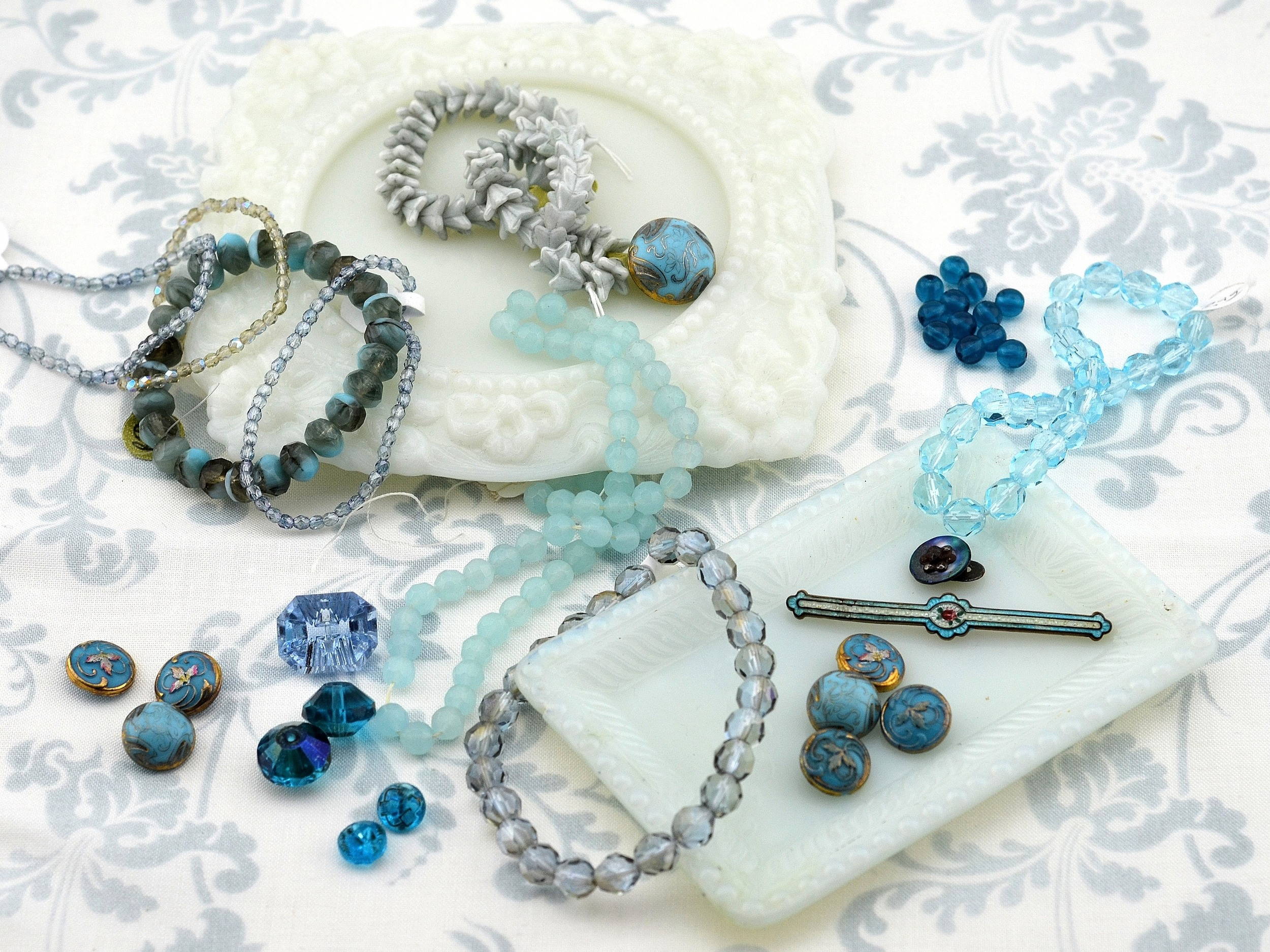 MRS Designs, LLC Blue Bracelet Idea
