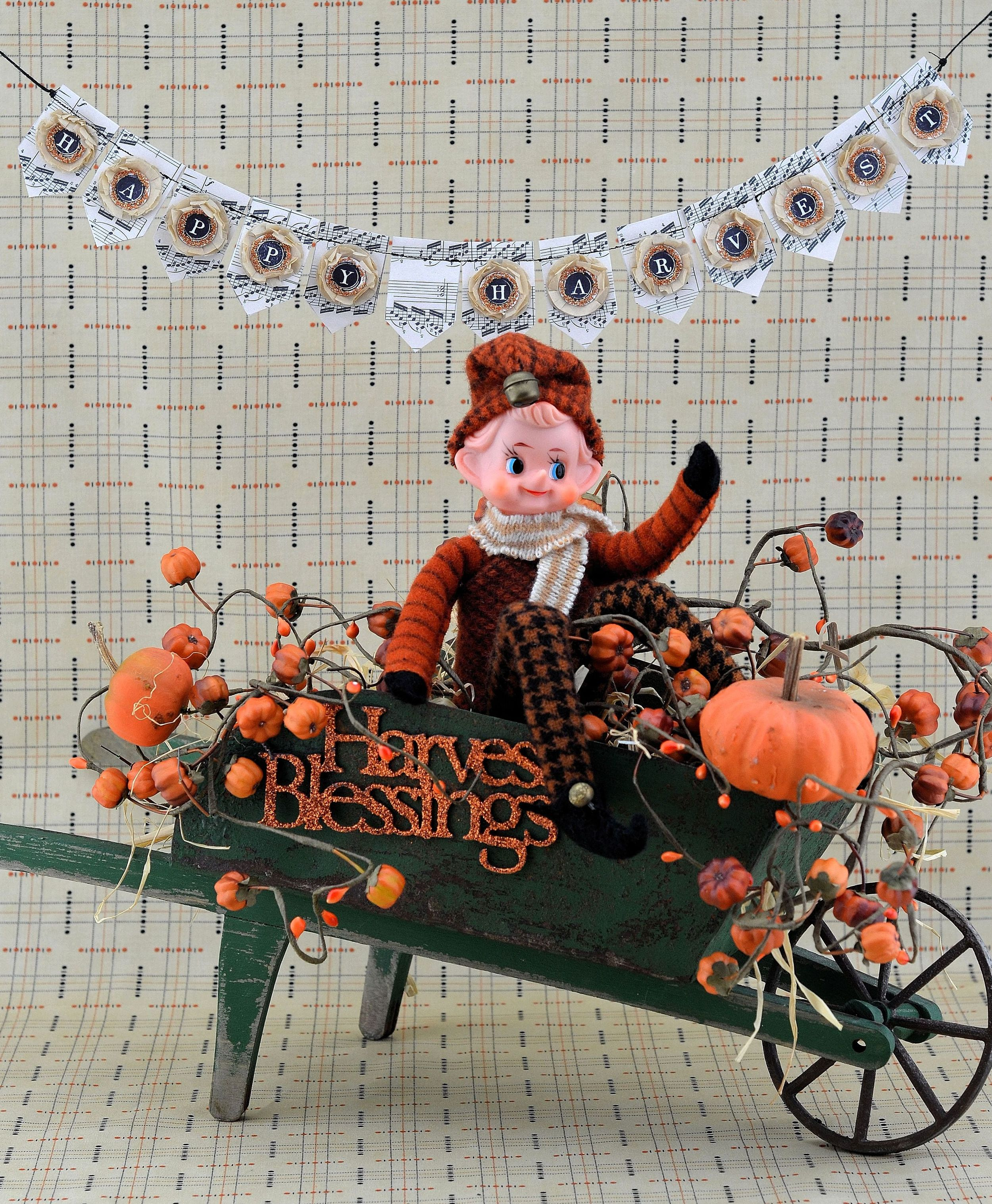MRS Designs, LLC Fall Festive Elf