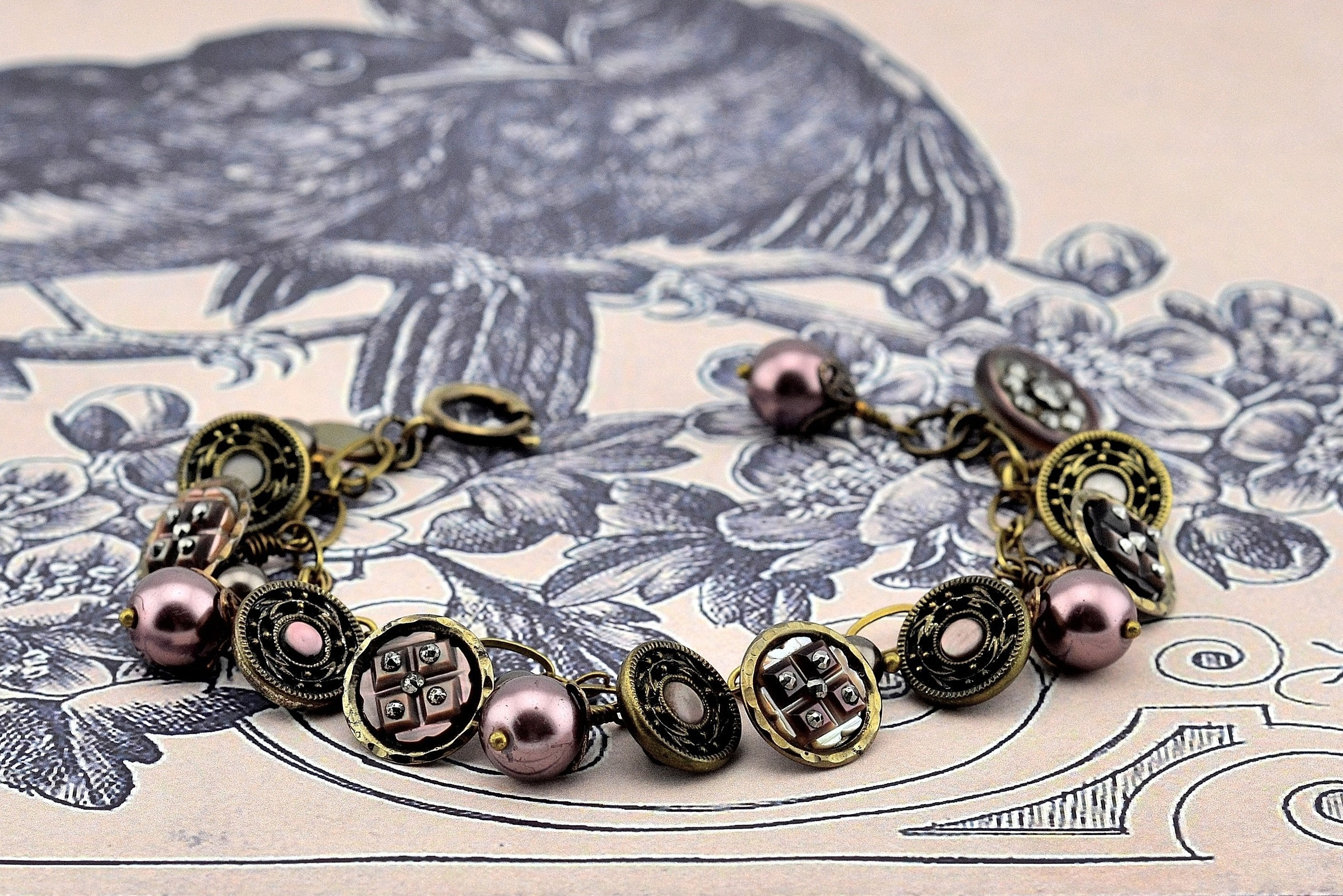 Smokey Plum Pearl Bracelet
