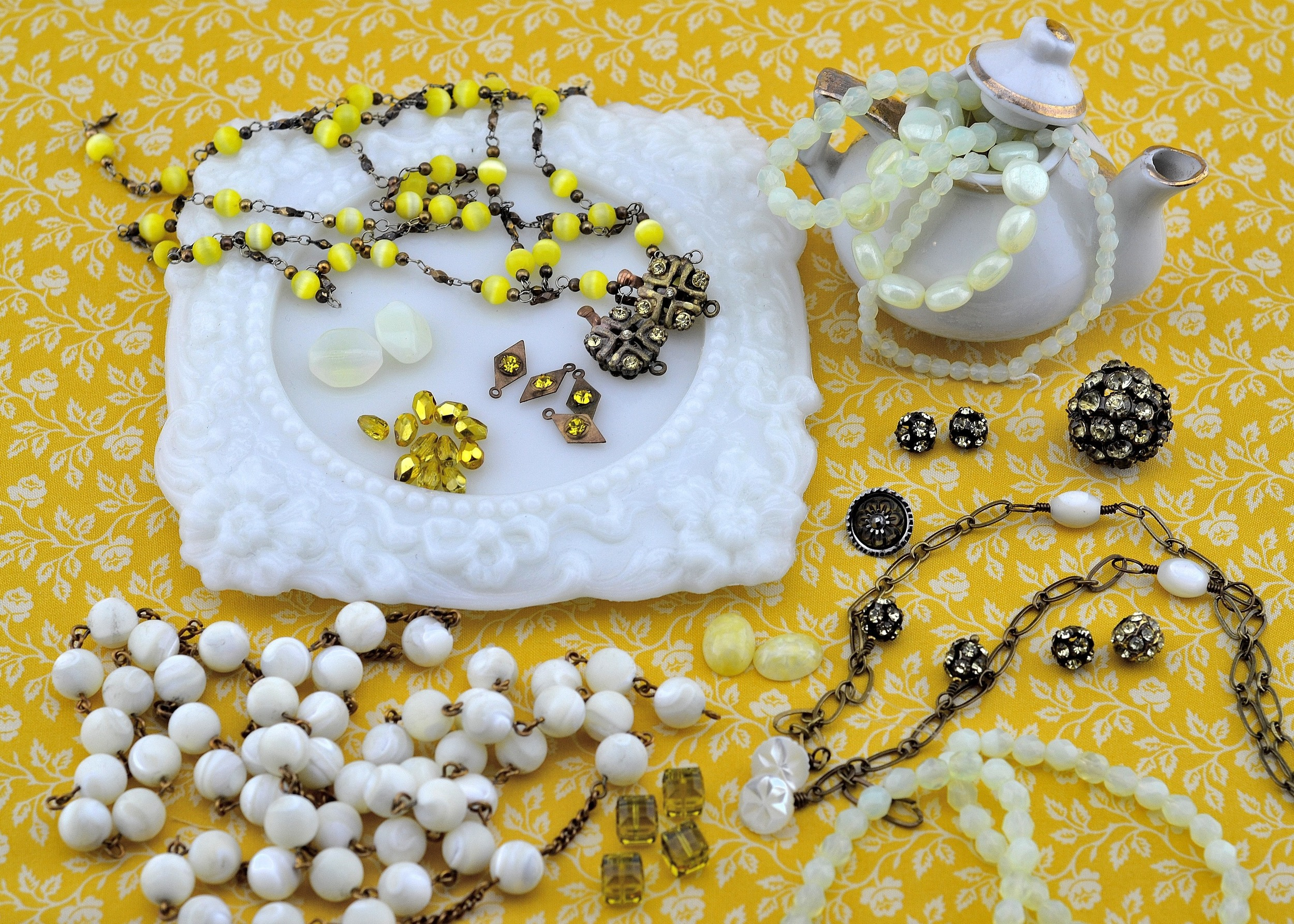 Jewelry in-the-making: Yellow! MRS Designs, LLC