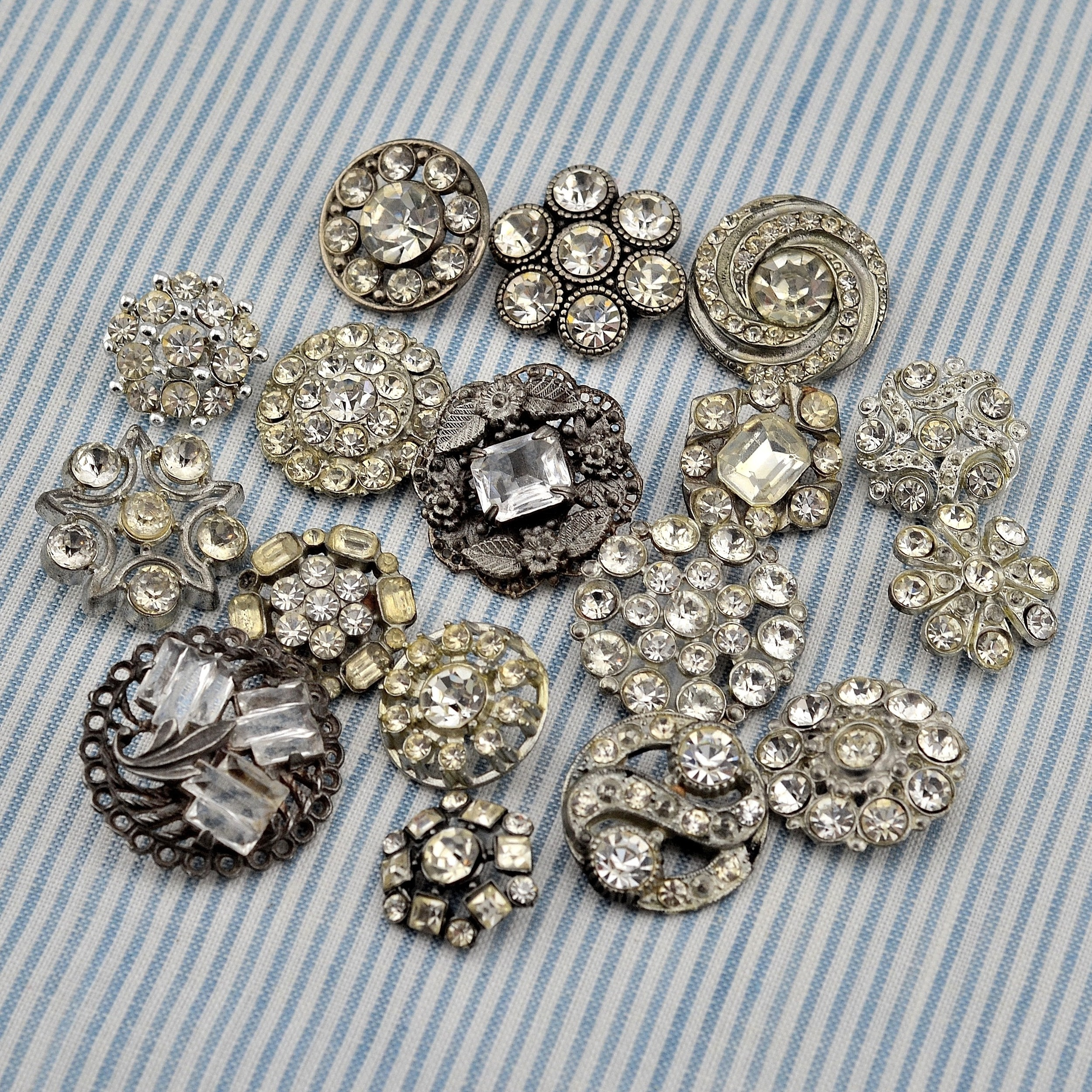 MRS Designs, LLC Sparkling Brooches