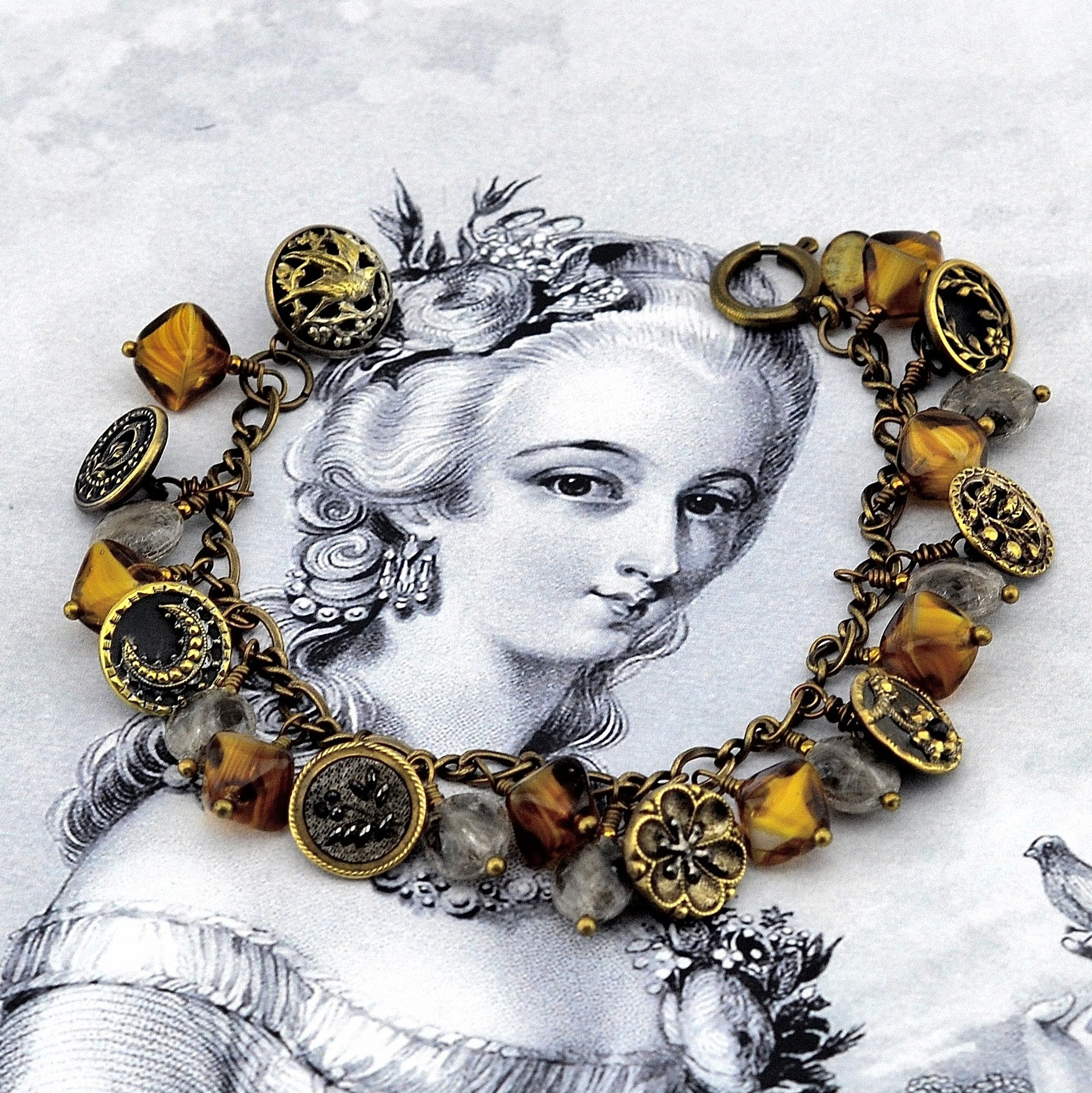 Caramel Elegance Button Bracelet, MRS Designs