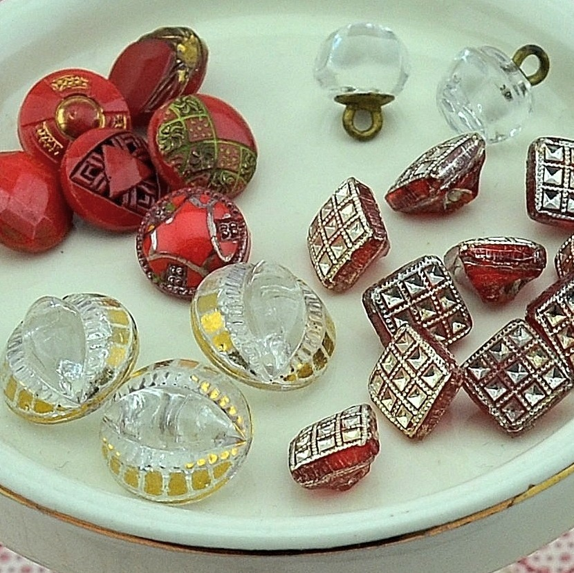 Red Inspiration Board at MRS Designs - Vintage Buttons.JPG