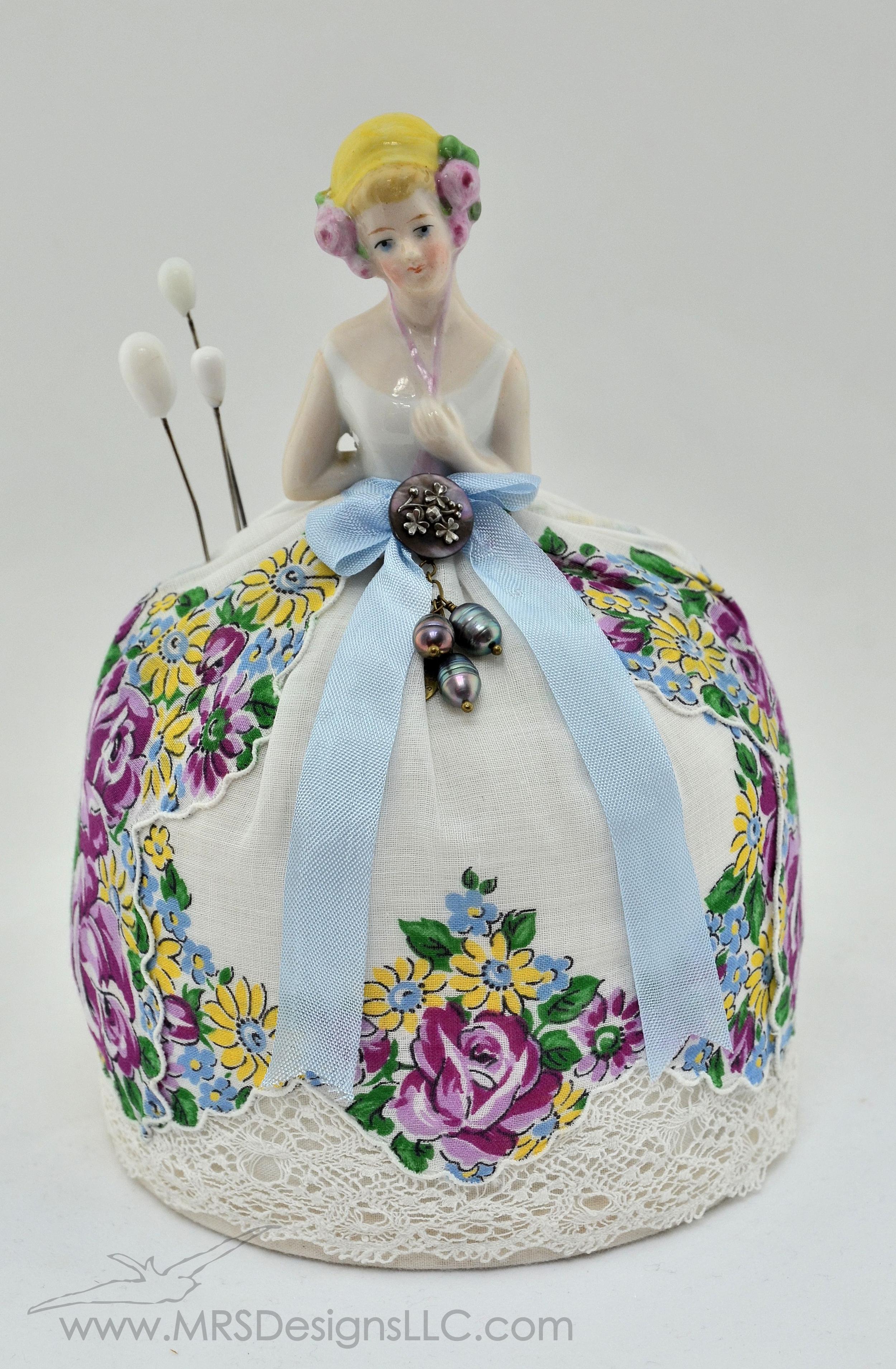 MRS Designs Blog - Vintage Half Doll Pin Cushion