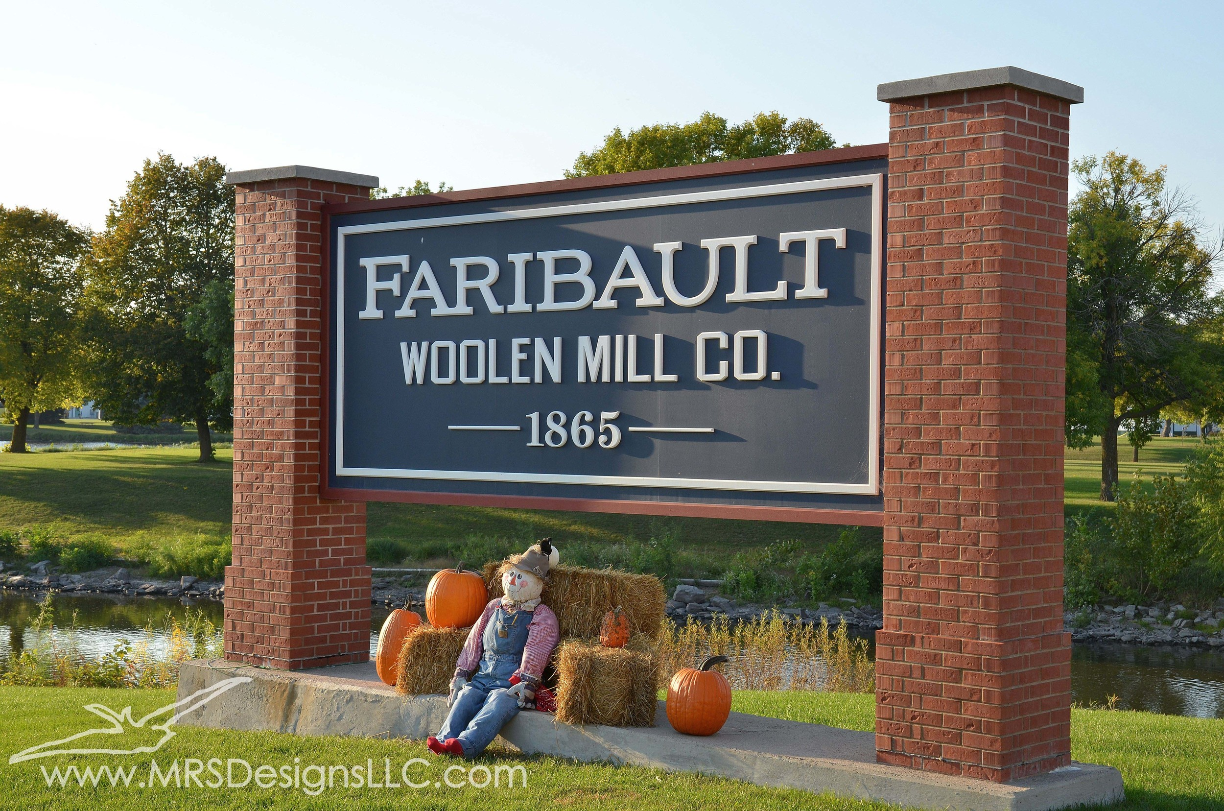 MRS Designs Blog - Annual Mill Tent Sale at the Faribault Woolen Mill
