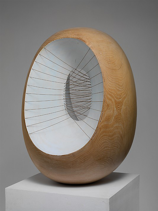 Oval-Form-with-Strings-and-Color_Barbara-Hepworth.jpg
