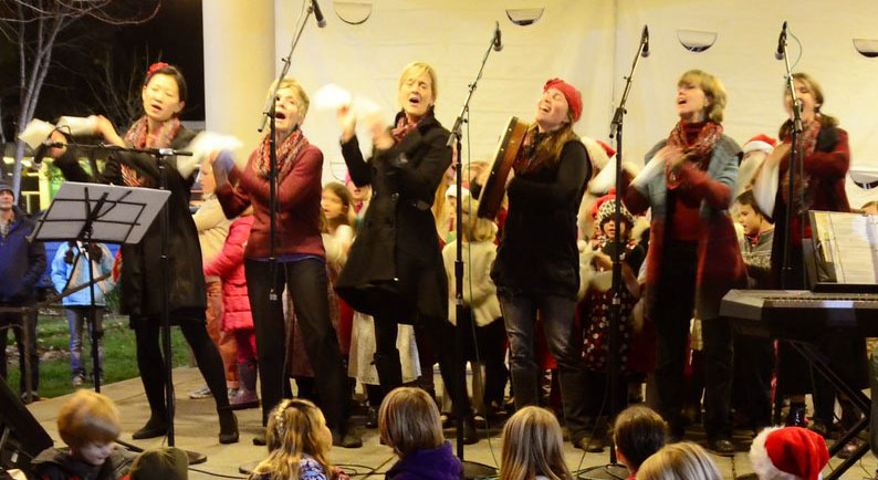 Kindred Voices at the Sebastopol Tree Lighting Ceremony, December 2014.