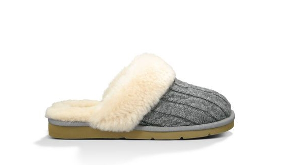 UGG Slippers : Gus Mayer