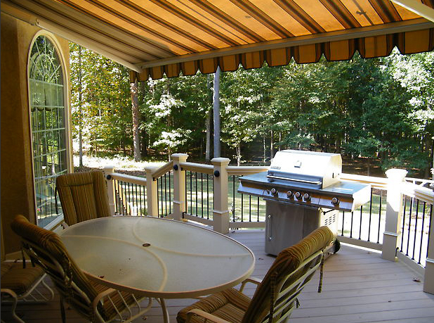 decks_by_design_awning.jpg