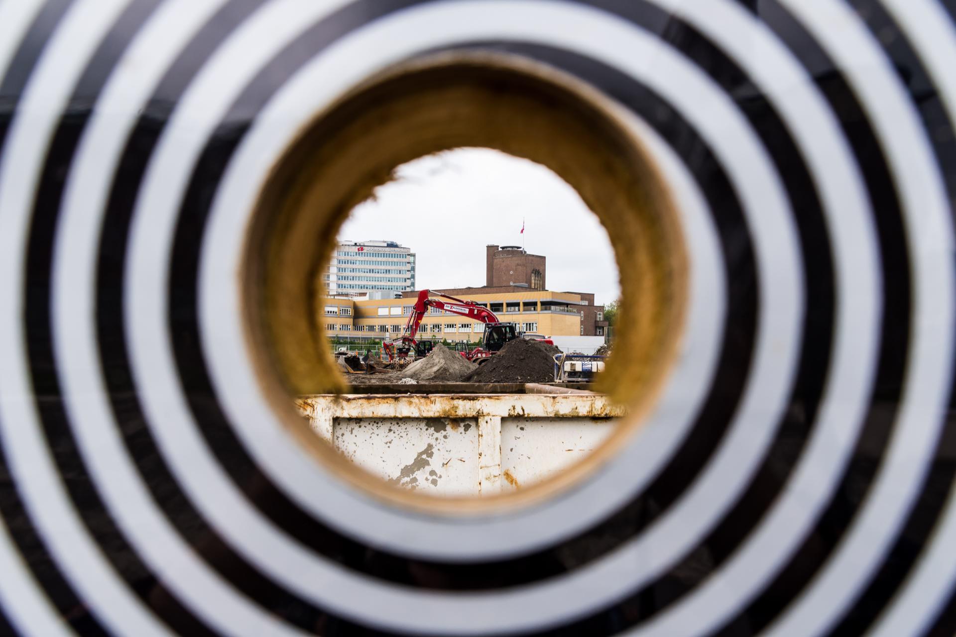 Patrick Dreuning  Heartbeat of construction #3