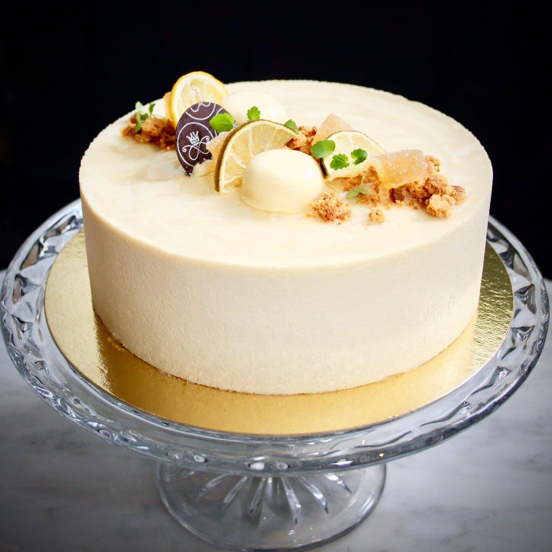 tårta med vit choklad