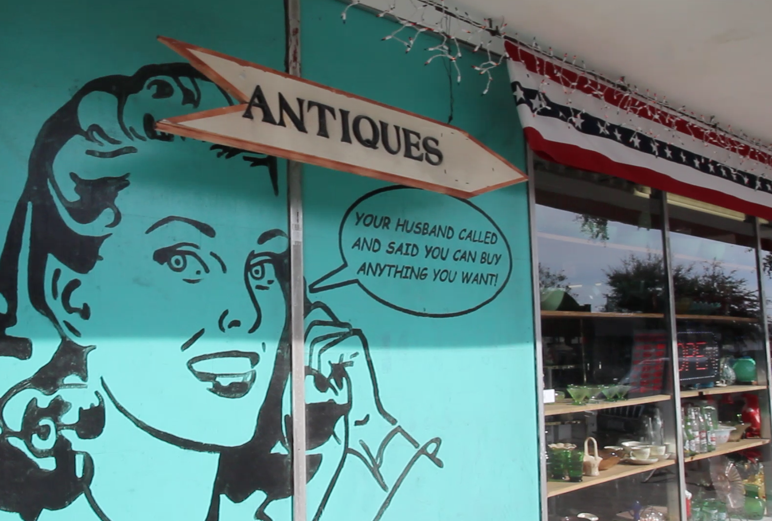 From boutique to big box, from antiques to today's treasures - you can find it all in La Porte. Make sure you shop our historic Main Street and then head to the other side of town and shop the brands!