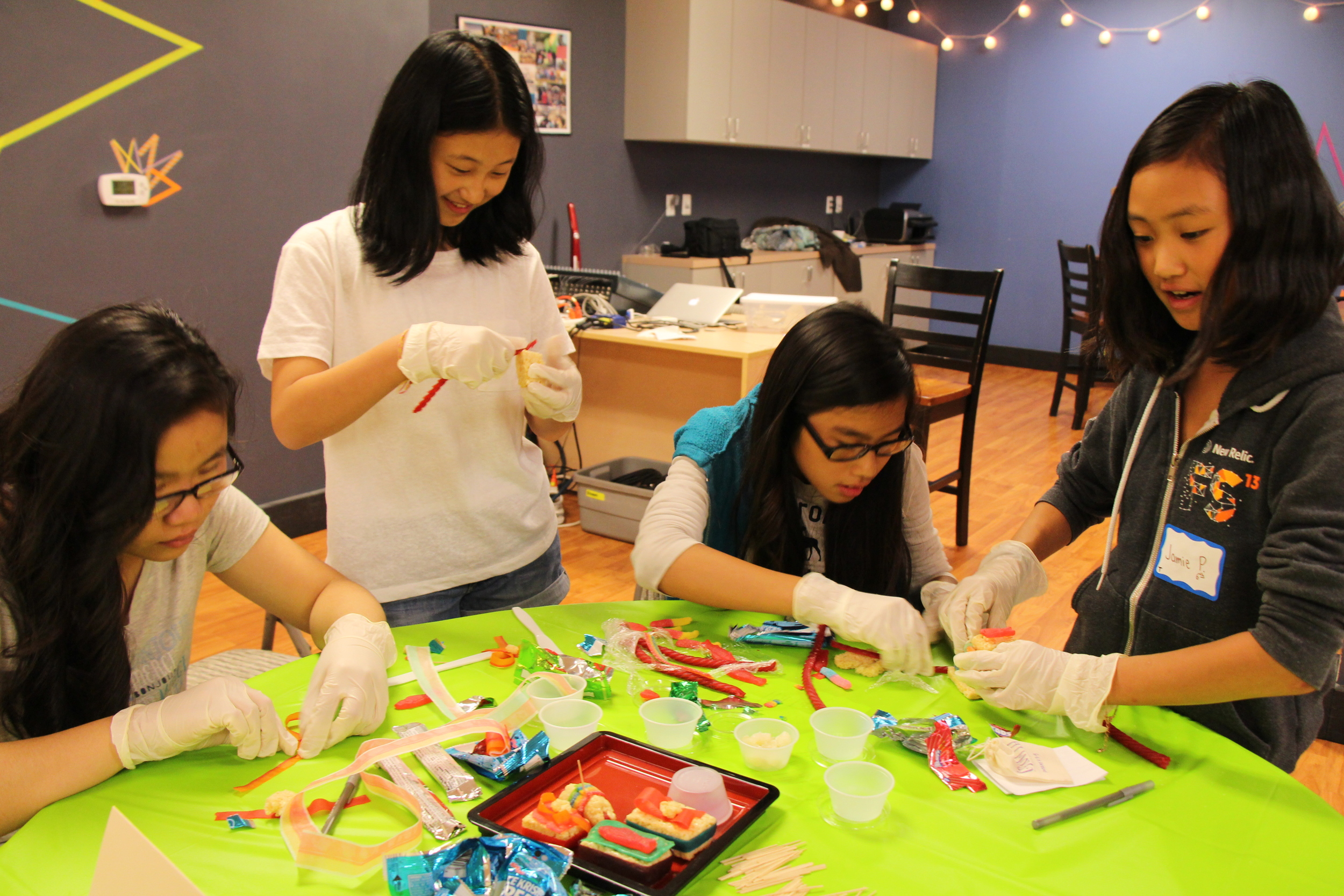 Afterwards, the girls jumped into the Iron Chef sushi competition!