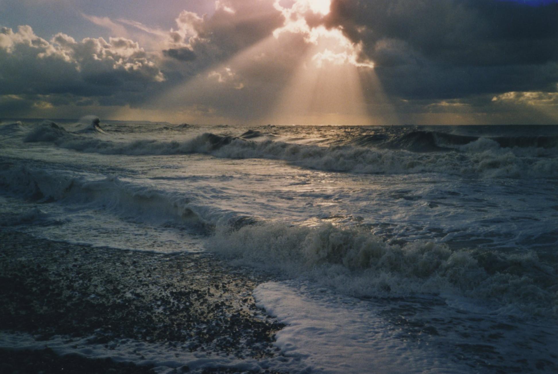 Le Havre, soleil sur la mer.