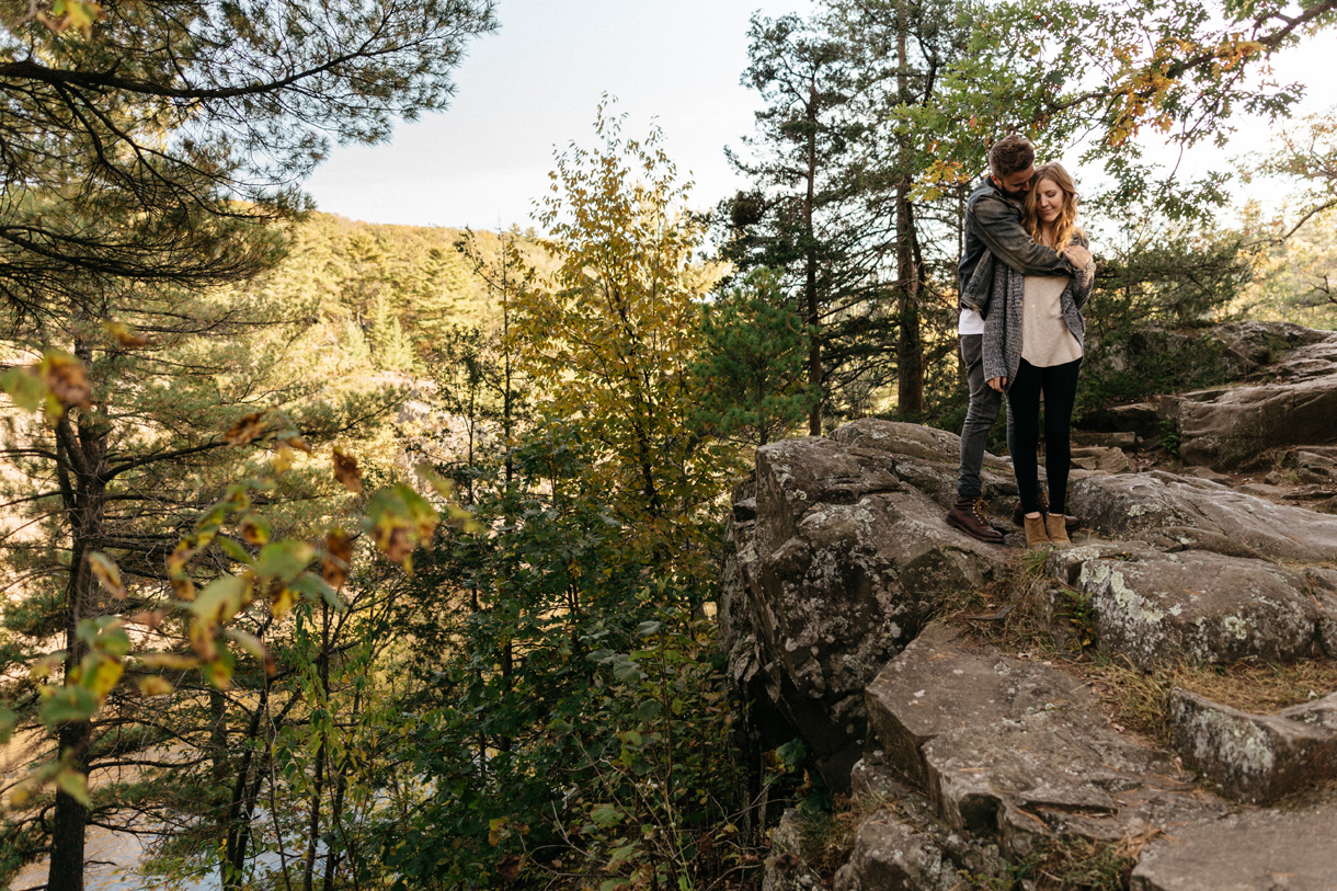 010-engagement-photography-in-taylor-falls-mn.jpg