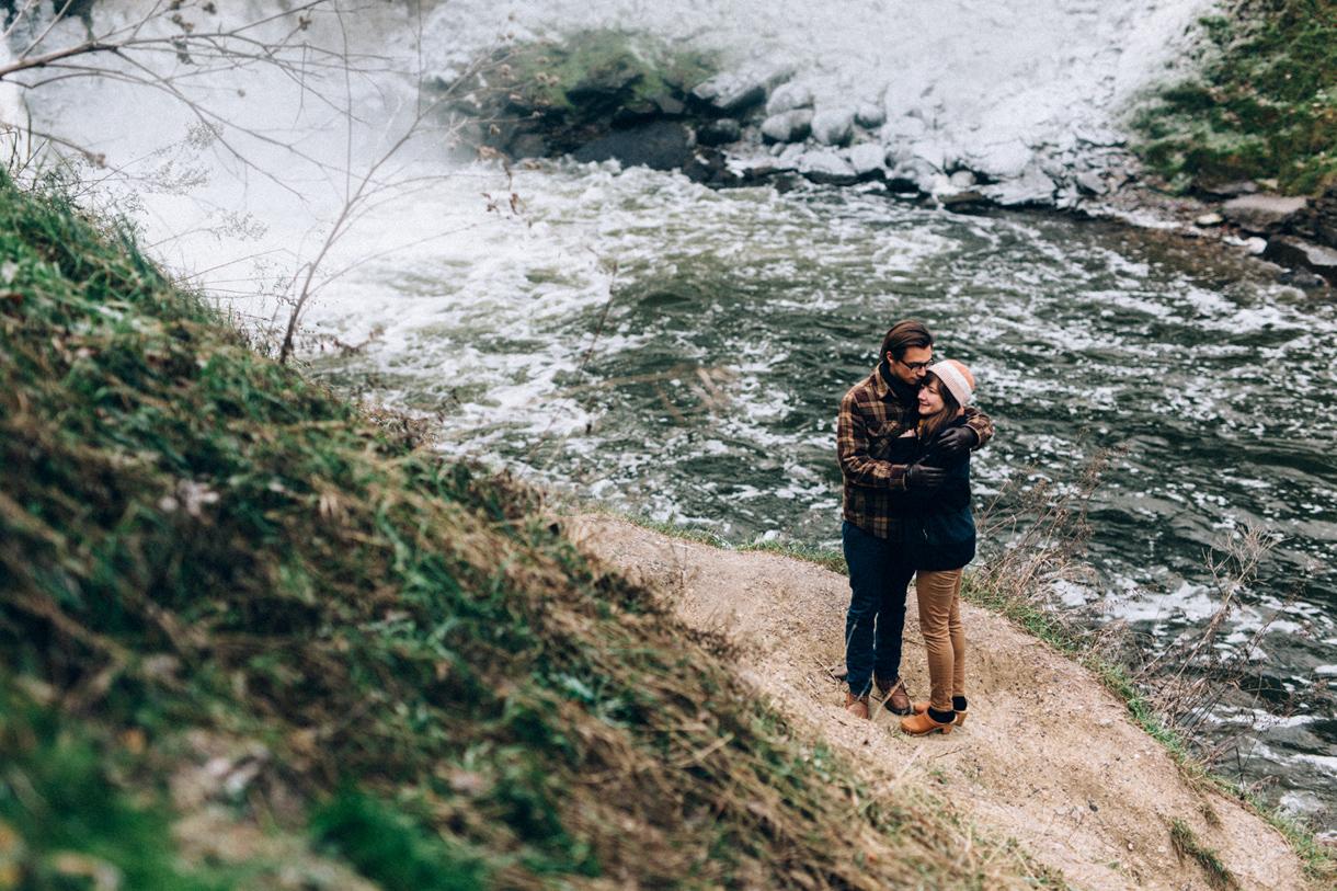 minnesota-adventurous-engagement-photos-33.JPG