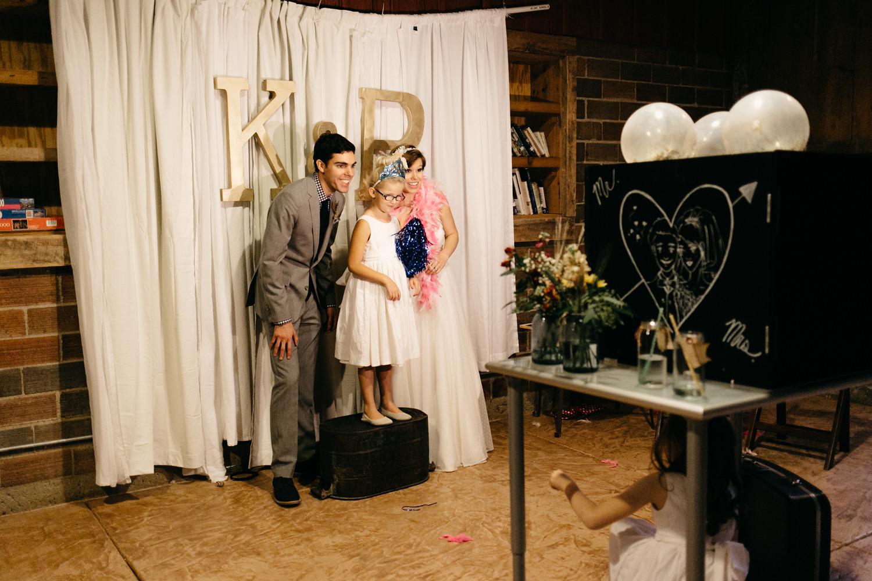 Homemade-wedding-photobooth