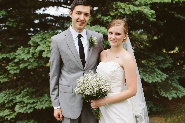 South-Dakota-Intimate-Wedding-8.jpg