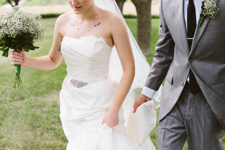 South-Dakota-Intimate-Wedding-9.jpg