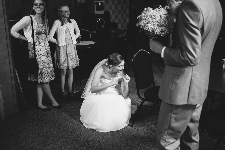 South-Dakota-Intimate-Wedding-14.jpg