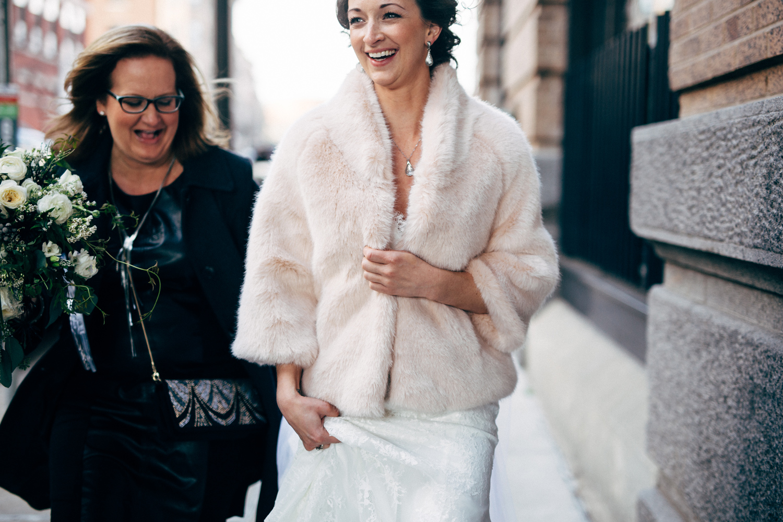 Bride-Fur-Coat-Photography